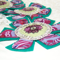 Tissue brooch / flower / brooch fabric / soft brooch / green and violet / Decoration clothes / green and violet / soft brooch /