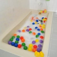 Sale:Floating Balls & 6 Duckies /w FREE Inflatable Pool: Toys & Games