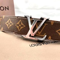 LV tide brand men and women classic old flower smooth buckle belt