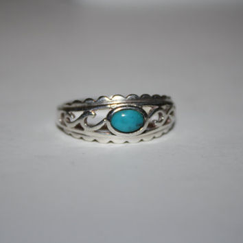 Turquoise and Sterling Vintage Ring Size 9.75 - free ship US