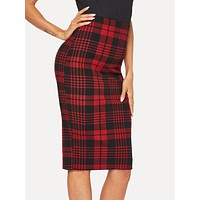 Form Fitted Glen Plaid Pencil Skirt