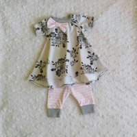 Baby girl T-shirt dress and leggings set! Pink. Lace. Gray. Floral. Bow. Take-Home-Outfit. Hospital outfit. Summer. ONE AVAILABLE!!