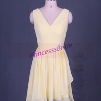 2014 short yellow chiffon bridesmaid dresses,sexy v-neckgowns for wedding party,cheap simple maid of honor dress under 100.