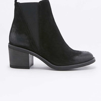 Suri Block Heel Black Suede Chelsea Ankle Boots - Urban Outfitters