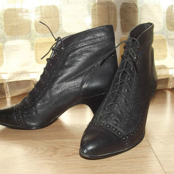 Vintage 80s Spectator Victorian Ankle Boots Sz 8 Steampunk Booties High Heel Gothic Edwardian Shoes Black