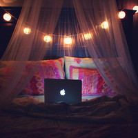 bedroomlights | via Tumblr - image #1073039 by nastty on Favim.com