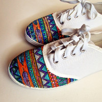 Personalized handpainted shoes, Aztec pattern, personalized sneakers ethno, boho,