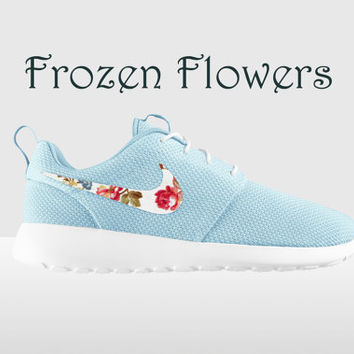 Floral Nike Roshe Run, Glacier Ice and Summit White, Nike Floral Roshe, Floral Roshe, Roshe Run, Floral Nike Roshe Run, Frozen Flowers Roshe
