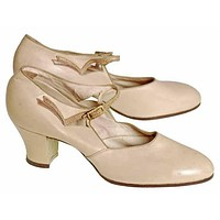 Vintage Beige Mary Jane Shoe 1920's Walk Over  EU 37 Ladies US 6.5N NIB