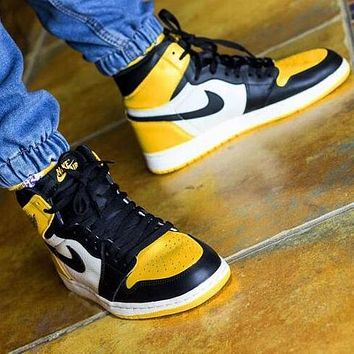 AJ 1 Air Jordan 1 Trending Men High Help Sport Shoes Sneakers(Black&White&Yellow)