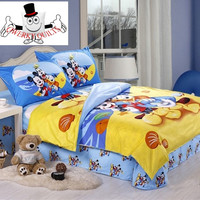 Mickey Donald Goofy Beach Bedding Set and Quilt Cover
