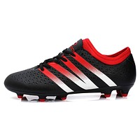 New Soccer Shoes Mens soccer cleats sport men shoes 38-44 football men boot HG AG cleats boots