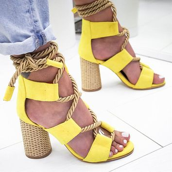 Selling Fashion Coloured Personal Fashion Fashion Fashion Ladies Large Sandals with Coarse heels and High heels shoes