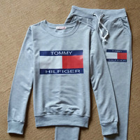Gray Letters Printed Long Sleeve Sports Sweatshirt Pant Set
