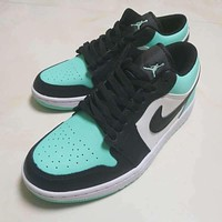 Air Jordan 1 Retro Low Black White Green