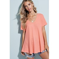 V-Neck Thermal Cloud Top - Coral