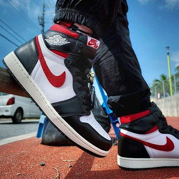 Nike AIR Jordan 1st generation AJ1 men's and women's classic basketball shoes high-top casual sports shoes 2
