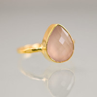 October Birthstone - Cushion Cut Pink Chalcedony Ring - Bezel Set Ring - Pink Quartz ring - Gemstone Ring - Gold Ring - Mother's Day Gift