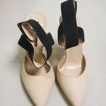 STEVEN BY STEVE MADDEN REVOLVIR PUMP (SAMPLE)