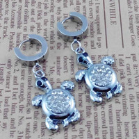 Pairs   2pcs  Little Turtle    Gothic Rock Clip Ring Earrings , Stainless Steel  Ear studs  , Bride wedding gift ,  Earing Stud Piercing,