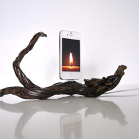 iPhone dock - Natural driftwood The Scorpio
