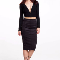 (alr) Plunging long sleeves cropped black top