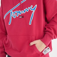 Tommy Jeans Signature Hoodie Sweatshirt | Urban Outfitters