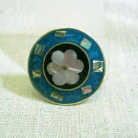 Vintage 1980s Mother of Pearl and Enamel Brooch