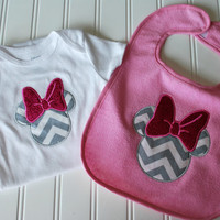 Minnie Mouse Baby Gift Set-Grey and White Chevron with Glitter Bow-Sizw 6 months