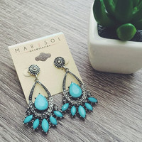 Vanessa Chandelier Earring (More Colors)