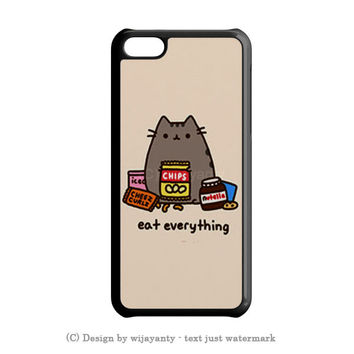 PUSHEEN THE CAT PERFECT WEEKEND iPhone SE Case Wijayanty.com