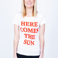 HERE COMES THE SUN CLASSIC T-SHIRT // ECO IVORY