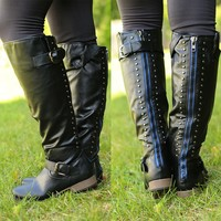 Royal Obsession Boots in Black