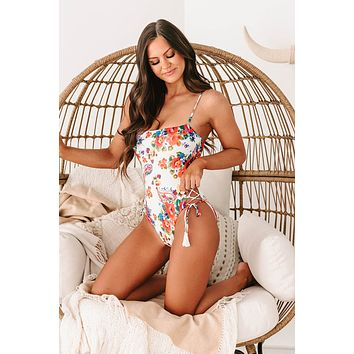 Dive In Paisley/Floral Lace-Up One-Piece Swimsuit (White Paisley Floral)