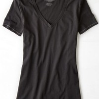AEO Women's Favorite V-neck T-shirt