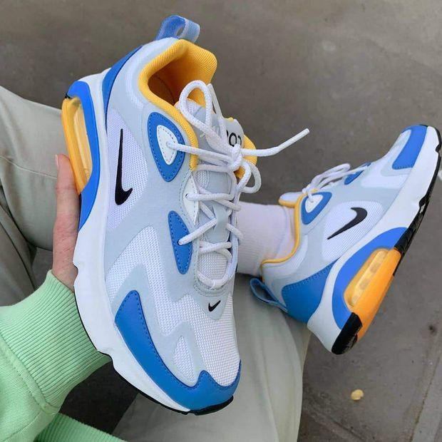 Image of NIKE Air Max 200 Gym shoes