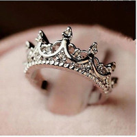 Elegant Queen Silver Crown Clear Crystal Ring for Women + Gift Box
