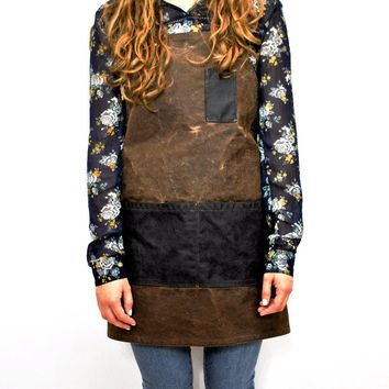 The MacBeth Women's Waxed Canvas Apron