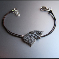 Game of Thrones bracelet - Emblem House Stark in polymer clay. Entirely handmade