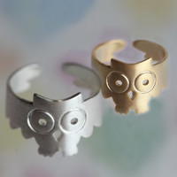 Adjustable Symbol of wisdom and wealth OWL RING. wish you the comfort of a ring.