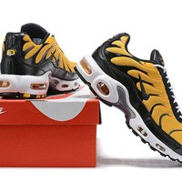 Nike Air Max Plus QS black yellow 40-46