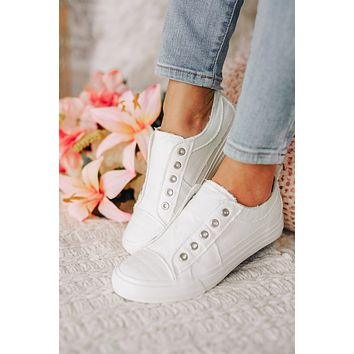Wild Idea Sneakers (White)