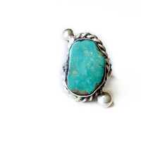 Vintage Native American Blue Turquoise Ring in Sterling Silver // medium teal blue turquoise with bead details, Size 5 - 8