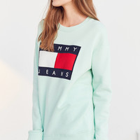 Tommy Jeans For UO '90s Pullover Sweatshirt | Urban Outfitters