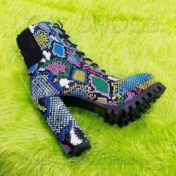 """CR Winnie Lace Up Ankle Boots 4.5""""  Chunky Heels 6 -11 Colorful Multi Snake"""