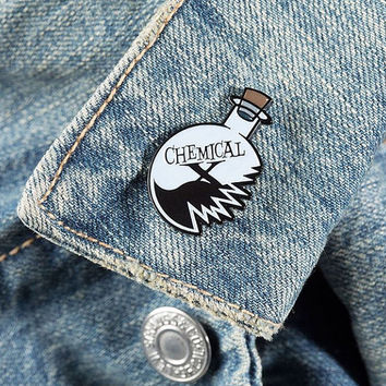 """The Clumsy Proffesor / Chemical X 1.25"""" Soft Enamel Pin"""