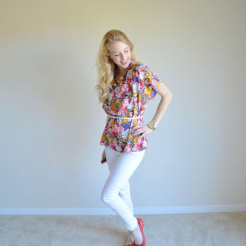 Vintage Spring Floral Top Colorful Flower Summery Top Womens Flower Shirt Colorful Short Sleeve Flowery Womens Tee