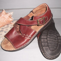 Vintage Brown stitched Leather summer Open toe Buckles Flat  Sandals ~ Walking with Nature ~ Women's 8 1/2