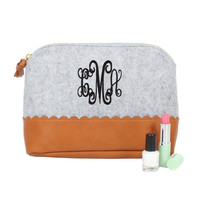 Monogrammed Scalloped Cosmetic Bag | Marleylilly