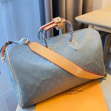Louis Vuitton LV new men's and women's laser printed large-capacity duffel bag